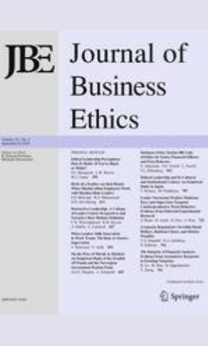 Fear and violence as organizational strategies: the possibility of a Derridean lens to analyze extra-judicial police violence