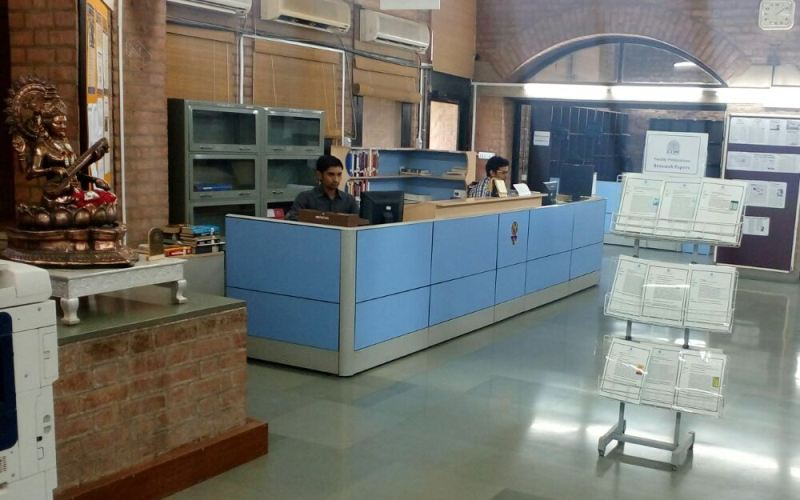 Circulation Counter photo of Vikram Sarabhai Library @ IIM Ahmedabad