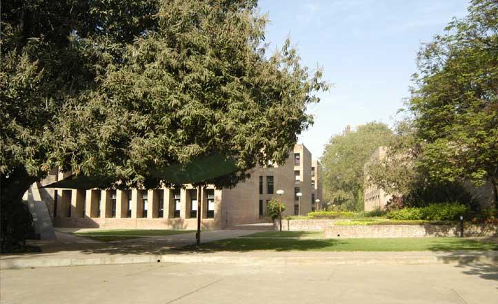 IIMA Campus 2